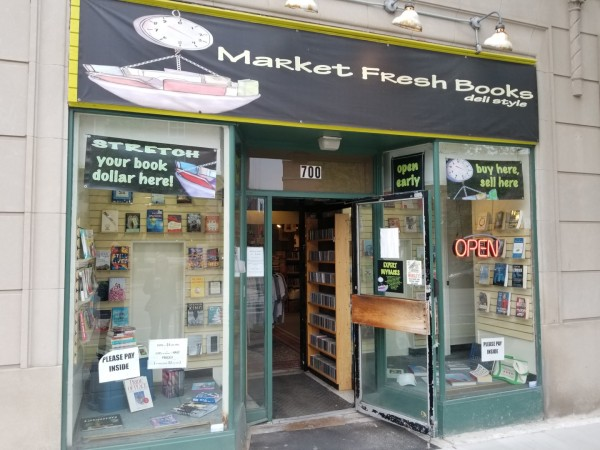 Market Fresh Books in Evanston, IL